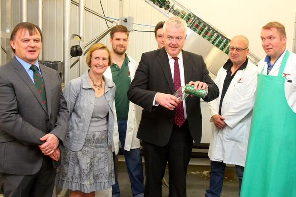 Wales First Minister Enjoys Double Dragon